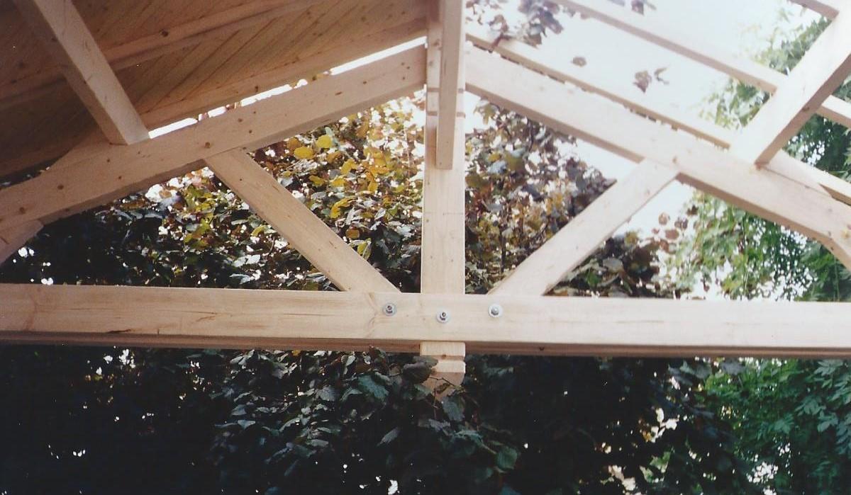 Ferme apparente pour terrasse couverte